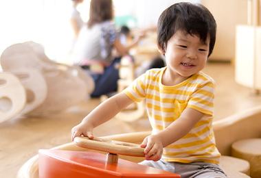 幼稚園・保育園などの保育施設